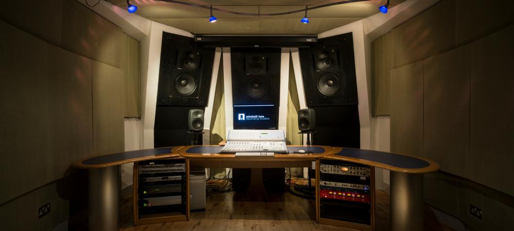 5.1 surround sound room audio engineering studio equipment
