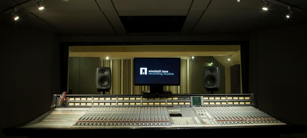 ssl 400 g+ mixing desk audio engineering studio equipment